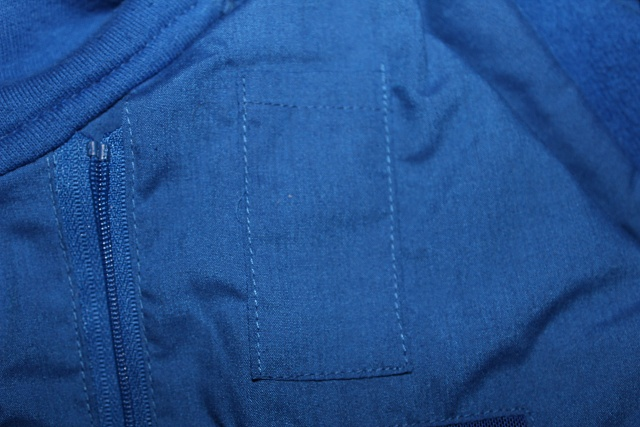 SCOTTeVEST Hoodie Cotton: The Only Backpack You'll Ever Need-bud-pockets.jpg