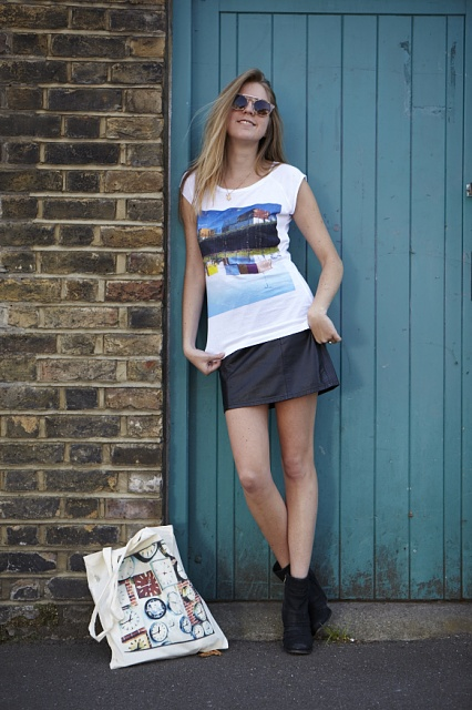 Instagram straight to TShirts (new App) - what do you think?-ladys-shirt-bag.jpg
