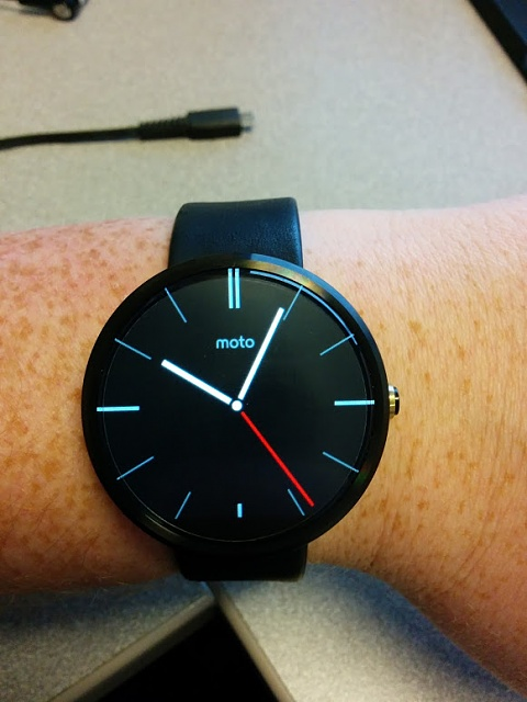 Santa Phil Day 4: Win a (as in 1) ASUS ZenWatch-img_20141218_100423.jpg