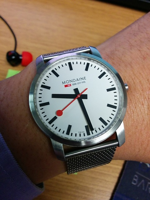 Santa Phil Day 4: Win a (as in 1) ASUS ZenWatch-img_20141218_093005.jpg