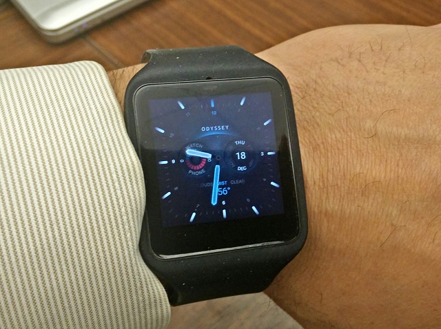 Santa Phil Day 4: Win a (as in 1) ASUS ZenWatch-sw3.jpg
