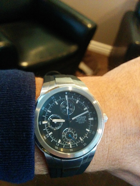 Santa Phil Day 4: Win a (as in 1) ASUS ZenWatch-img_20141218_091139.jpg