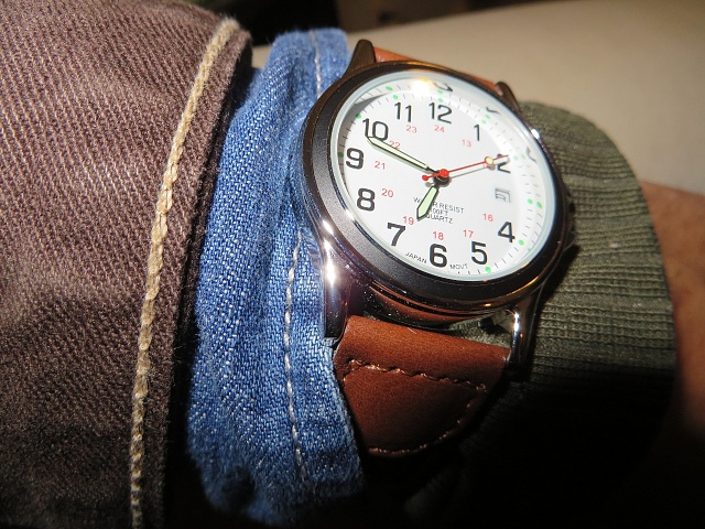Santa Phil Day 4: Win a (as in 1) ASUS ZenWatch-img_1929.jpg