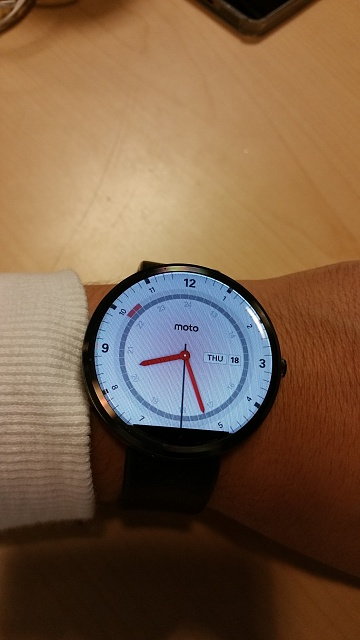 Santa Phil Day 4: Win a (as in 1) ASUS ZenWatch-20141218_082631.jpg