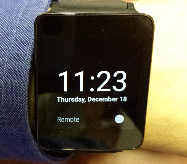 Santa Phil Day 4: Win a (as in 1) ASUS ZenWatch-lg-g-watch.jpg