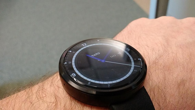 Santa Phil Day 4: Win a (as in 1) ASUS ZenWatch-360.jpg