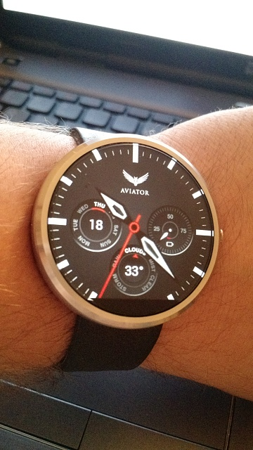 Santa Phil Day 4: Win a (as in 1) ASUS ZenWatch-img_20141218_102332553_top.jpg