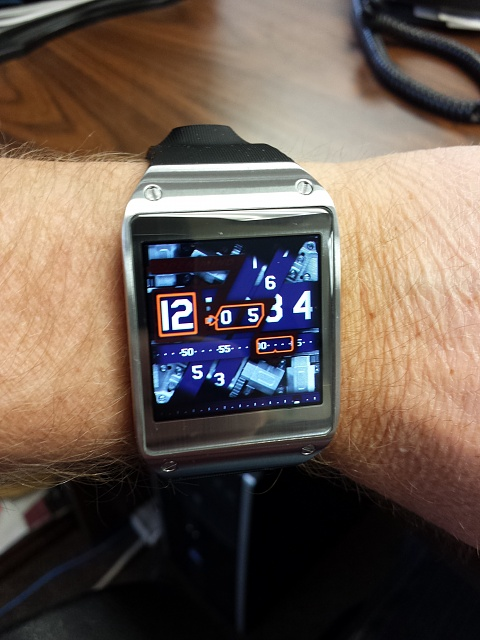 Santa Phil Day 4: Win a (as in 1) ASUS ZenWatch-gg.jpg