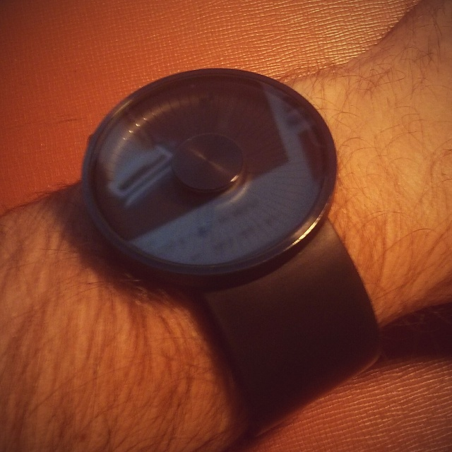 Santa Phil Day 4: Win a (as in 1) ASUS ZenWatch-img_20141218_190604-2.jpg