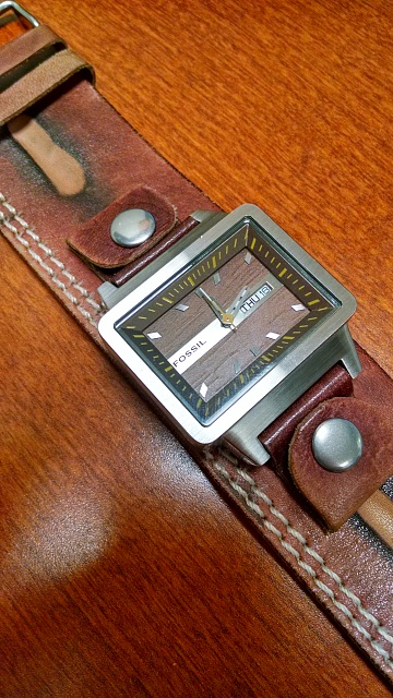 Santa Phil Day 4: Win a (as in 1) ASUS ZenWatch-img_20141218_121249437_hdr.jpg