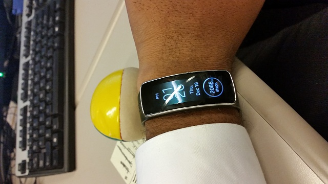 Santa Phil Day 4: Win a (as in 1) ASUS ZenWatch-20141218_132646.jpg