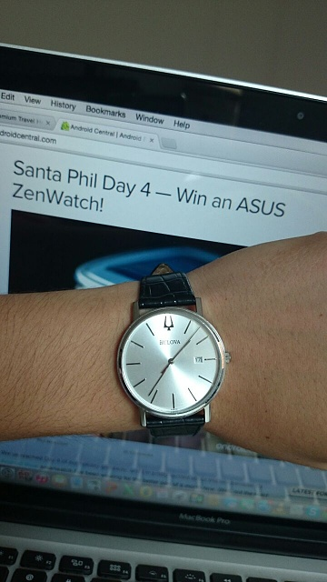Santa Phil Day 4: Win a (as in 1) ASUS ZenWatch-img-20141218-wa0003.jpg