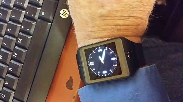 Santa Phil Day 4: Win a (as in 1) ASUS ZenWatch-2014-12-18-14.19.20.jpg