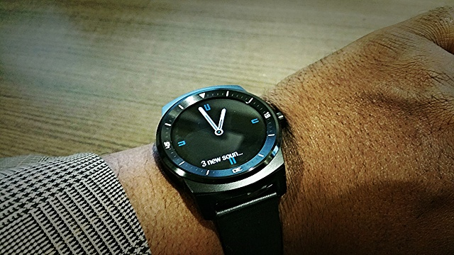 Santa Phil Day 4: Win a (as in 1) ASUS ZenWatch-2014-12-18-14.40.00.jpg