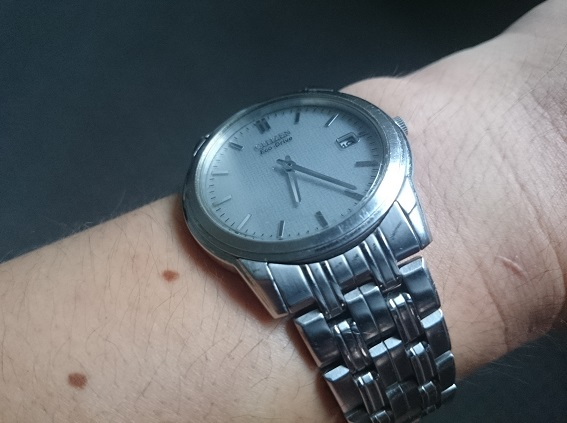 Santa Phil Day 4: Win a (as in 1) ASUS ZenWatch-iainsimmons_watch.jpg