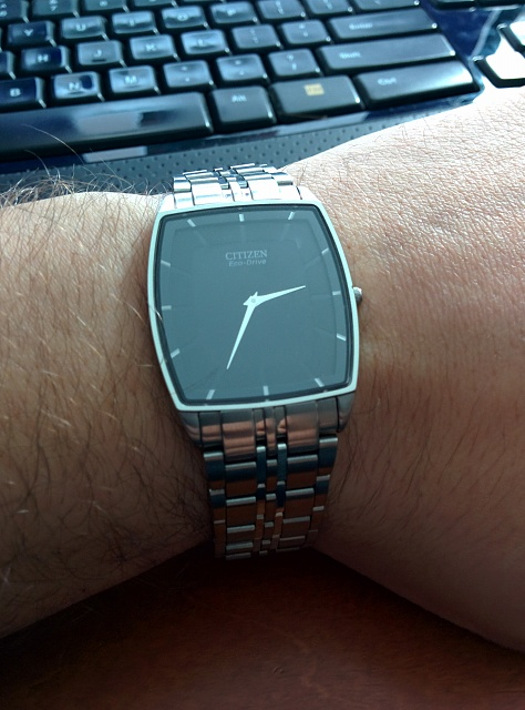 Santa Phil Day 4: Win a (as in 1) ASUS ZenWatch-img_20141218_152927.jpg