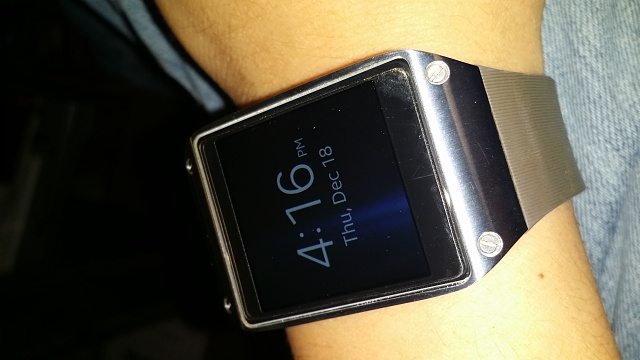Santa Phil Day 4: Win a (as in 1) ASUS ZenWatch-2014-12-18-16.16.26.jpg