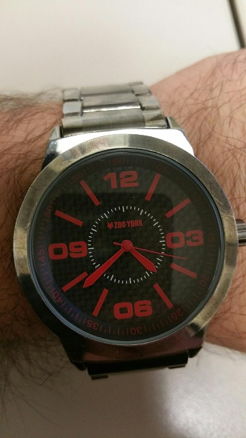 Santa Phil Day 4: Win a (as in 1) ASUS ZenWatch-mywatch.jpg