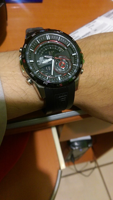 Santa Phil Day 4: Win a (as in 1) ASUS ZenWatch-imag0007-1-.jpg