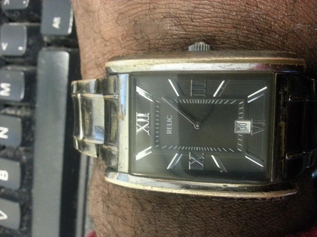 Santa Phil Day 4: Win a (as in 1) ASUS ZenWatch-20141219_101927.jpg