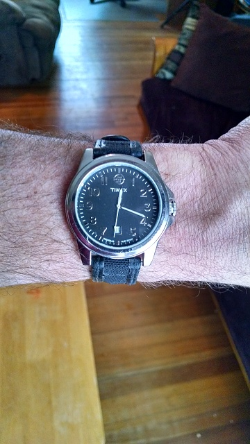 Santa Phil Day 4: Win a (as in 1) ASUS ZenWatch-img_20141221_111821839_hdr-1-.jpg