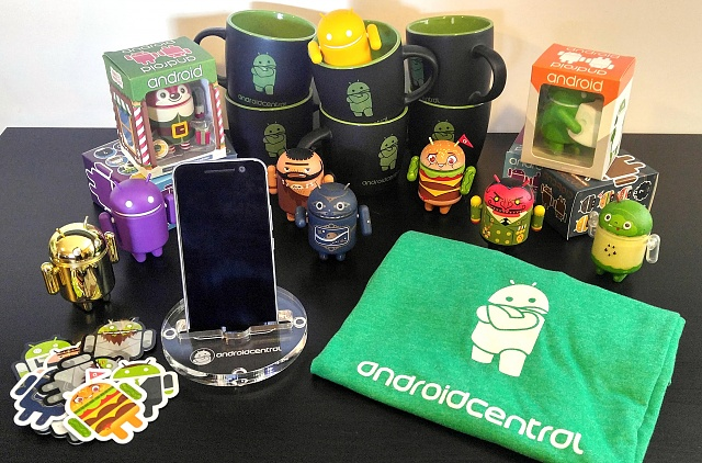 CONTEST: Win a rad box of Android Central goodies!-acgoodies.jpg