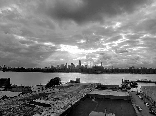 Weekly photo contest -- black and white-imag0841-1_tom.jpg