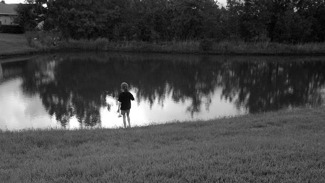 Weekly photo contest -- black and white-pond.jpg