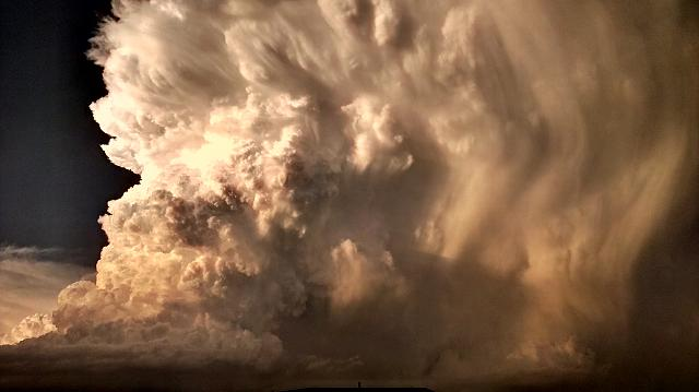 Weekly photo contest -- the weather-2012-05-29-20.32.55.jpg