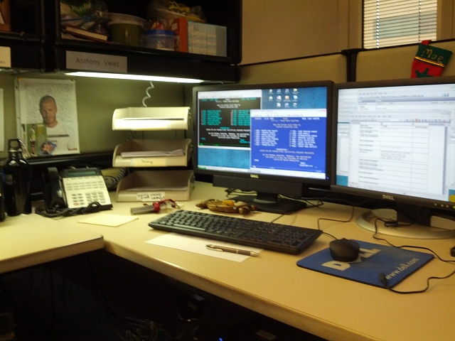 Weekly photo contest: At work-work-desk.jpg