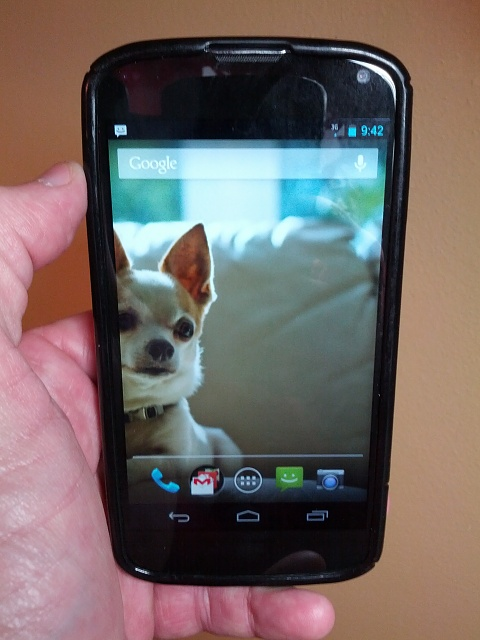 Win a Nexus 4 charging orb from Android Central-coco-nexus-4.jpg