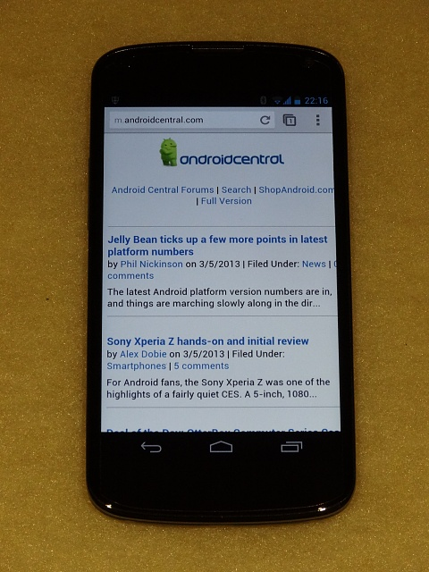 Win a Nexus 4 charging orb from Android Central-dsc05180.jpg