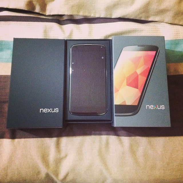 Win a Nexus 4 charging orb from Android Central-2013-03-04-10.00.55.jpg