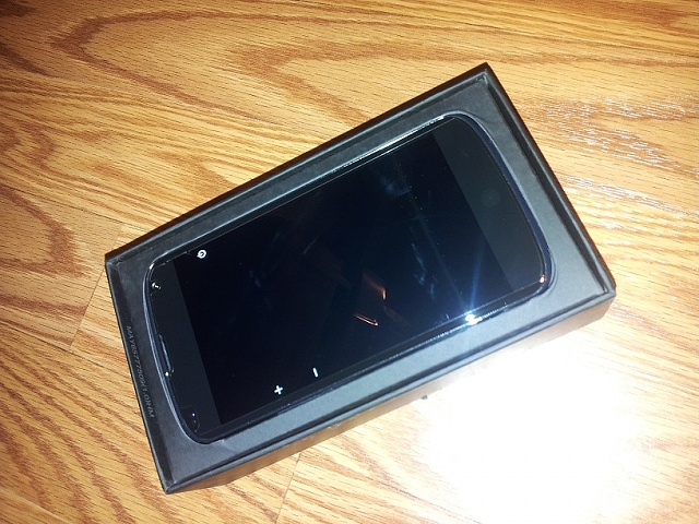 Win a Nexus 4 charging orb from Android Central-2012-12-18-20.29.50.jpg