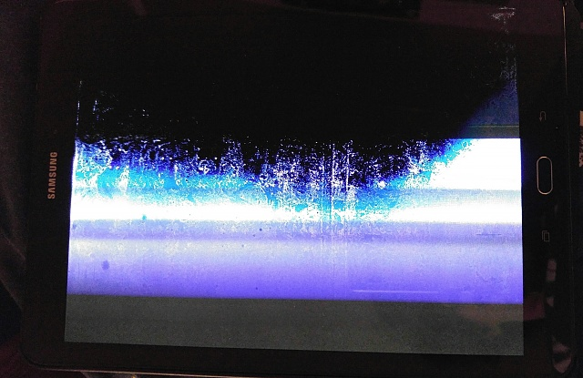 Screen of Samsung tab s2 spazzing out after drop. Any ideas as to cause?-0218162236a-1.jpg
