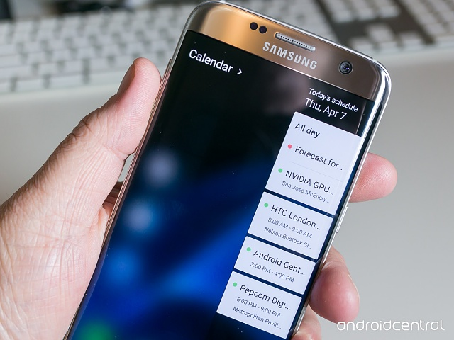 If there a led light that flashes if you have a message or call when your screen is off-galaxy-s7-edge-2.jpg