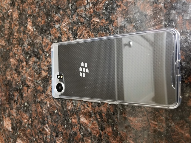 Ringke Crystal Clear Fusion Case for the BlackBerry KeyOne-20170704_214745.jpg