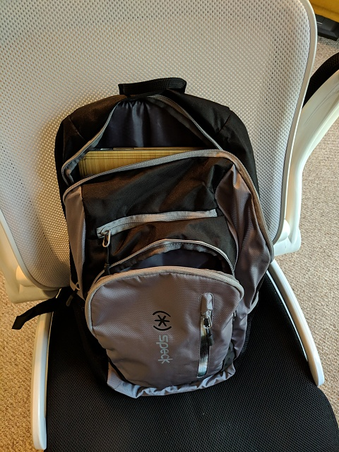 Speck Candlepin Backpack: You Get What You Pay For-master-pockets.jpg