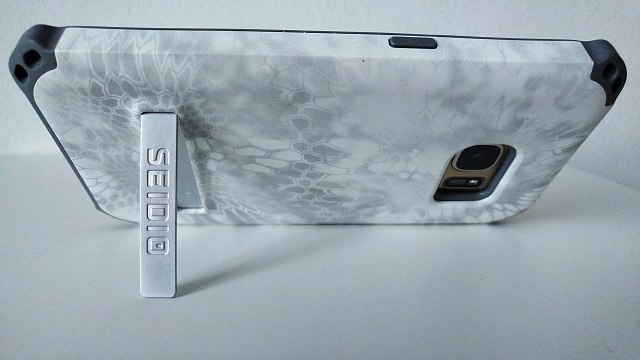 Seidio Surface and Dilex cases for the Galaxy S7-kick-stand-w.jpg