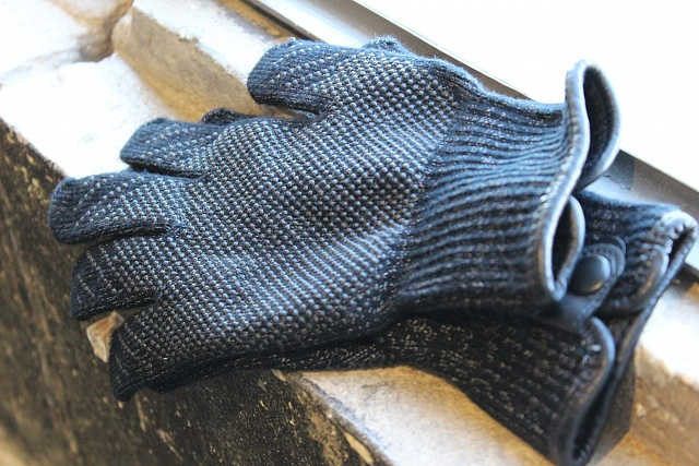 Mujjo Touchscreen Gloves: Touch All the Things (Or Maybe Don't)-img_0179.jpg