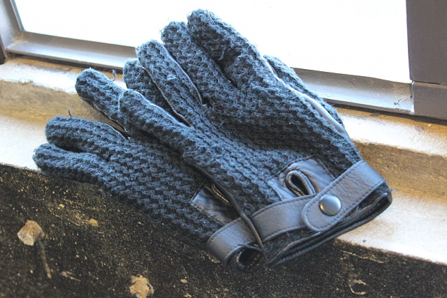 Mujjo Touchscreen Gloves: Touch All the Things (Or Maybe Don't)-img_0182.jpg