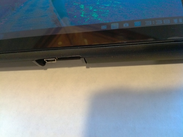 Dell Streak 7 Charging port busted Woes. and FIX!-img_20130213_153833.jpg
