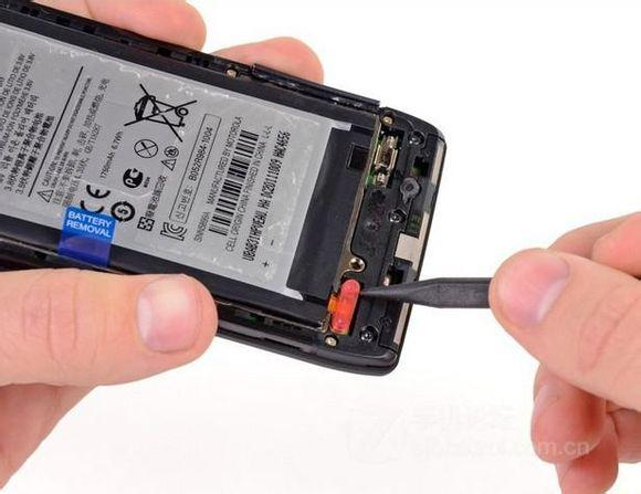 The way to replace battery of XT910-2.jpg