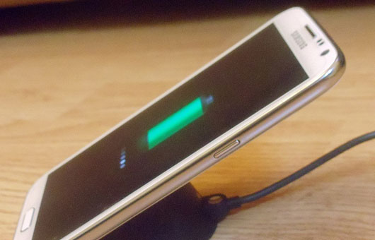 AUTOMATIC Turn ON when plugged in/charging-android-wireless-charging.jpg