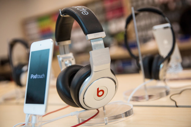 Apple buys Beats for 3 Billion-489010551.jpg