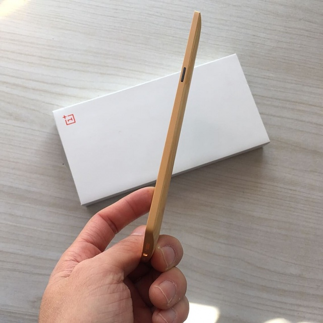 Hey, just to share!-OnePlus One Bamboo Back Cover wih NFC Unboxing Photos from my buddy-3.jpg