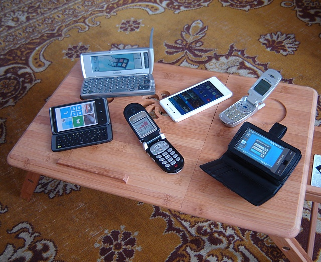My cell phone collection-dsc01083.jpg