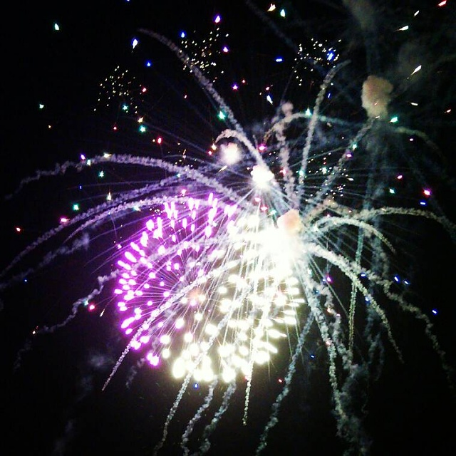 Show off your Fourth of July fireworks pictures here!-uploadfromtaptalk1373212280020.jpg