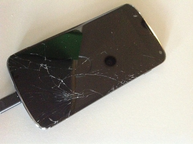 Have you cracked your Nexus 4 yet?-photo.jpg