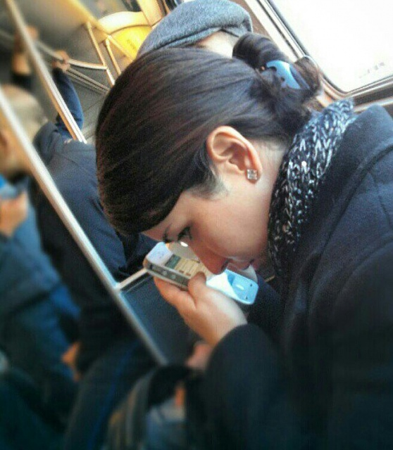 I think she needs an N4 or any other android phone-uploadfromtaptalk1356892561356.jpg